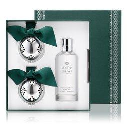 Molton Brown UK Juniper Berries & Lapp Pine Christmas Ornament & Home Fragrance Gift Set